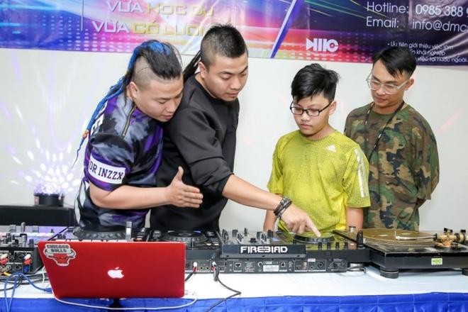 Trung tam DJ Super Star giam 50% hoc phi cho hoc vien duoi 23 tuoi hinh anh