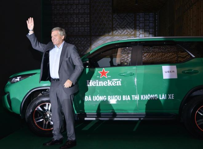 GD dieu hanh Heineken VN: Muon thuc day van hoa 'uong co trach nhiem' hinh anh 2