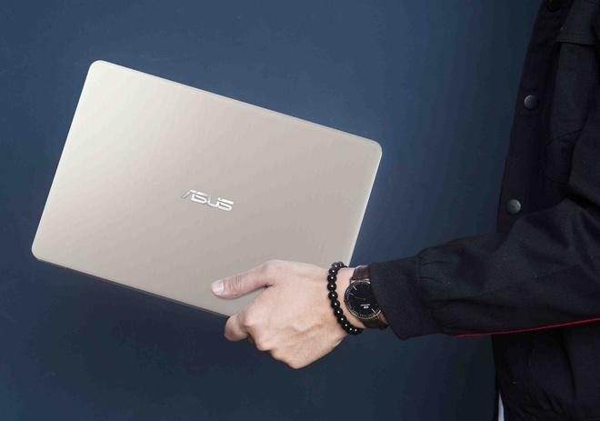 Asus VivoBook S14 - laptop ly tuong cho ban tre ua xe dich hinh anh
