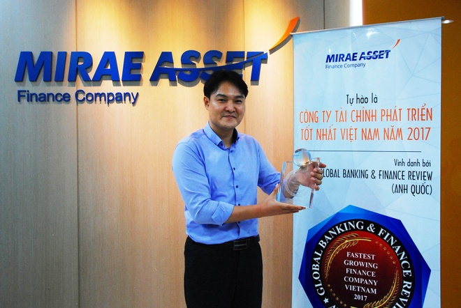Mirae Asset nhan giai thuong cong ty tang truong nhanh nhat VN 2017 hinh anh