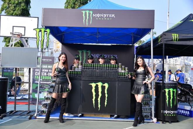 Monster Energy tai tro nuoc uong cho giai dau Yamaha GP hinh anh 2