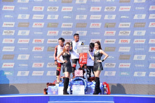 Monster Energy tai tro nuoc uong cho giai dau Yamaha GP hinh anh 3