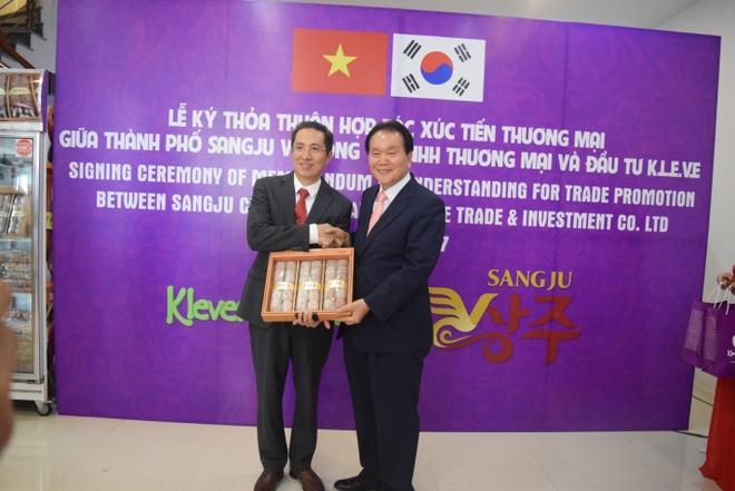 Hong deo Han Quoc say nang - thuc qua Tet la mieng tai Klever Fruits hinh anh 3