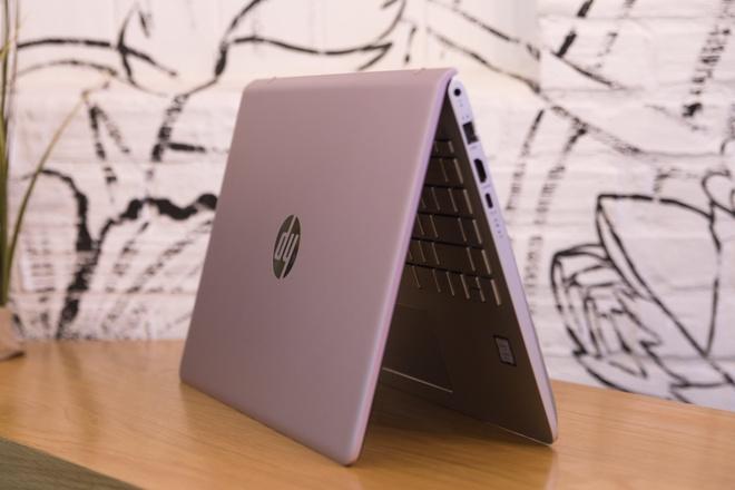 Loat laptop thoi trang HP len ke truoc them 8/3 hinh anh 3