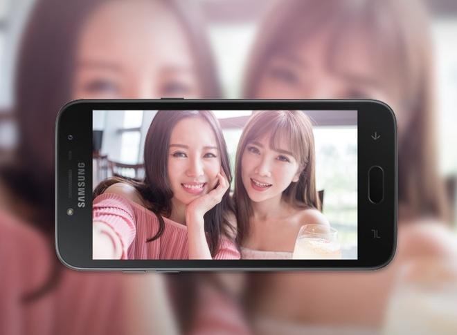 Viettel tro gia Samsung J2 Pro khi mua kem goi cuoc hinh anh