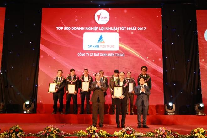 Dat Xanh Mien Trung vao top 10 'Doanh nghiep xuat sac - uy tin 2017' hinh anh 2
