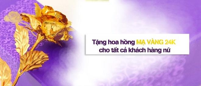 Benh vien Tham my JW tang hoa hong ma vang 24k cho khach nu dip 8/3 hinh anh 2