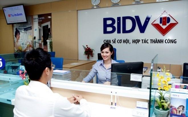 Pho GD BIDV: 'Khach hang can co kien thuc ve an toan khi giao dich' hinh anh
