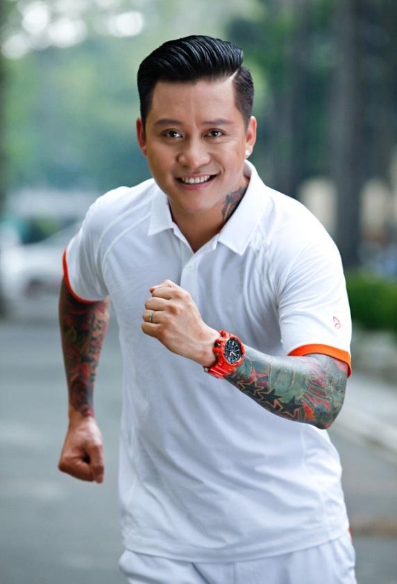 Tuan Hung trinh dien hit, tham gia thu thach tai offline G-Collector hinh anh 1