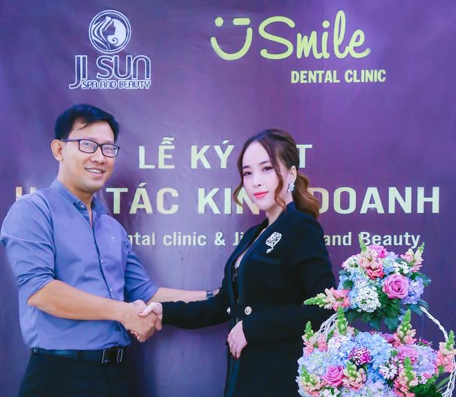 Ji Sun Spa and Beauty va Nha khoa U Smile Dental Clinic ky ket hop tac hinh anh 1