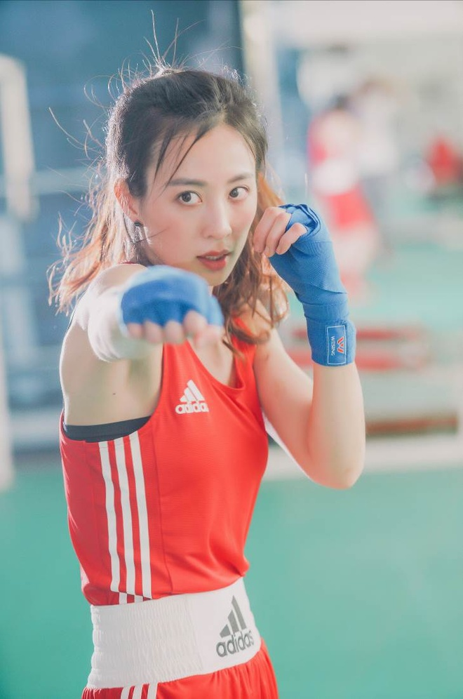 Hot girl boxing dat HCV SEA Games: Manh me tren san, diu dang tren pho hinh anh 2