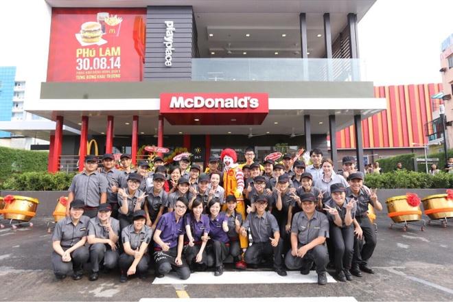 Ly do McDonald's duoc nguoi tre lua chon la noi lam viec dau tien hinh anh 3