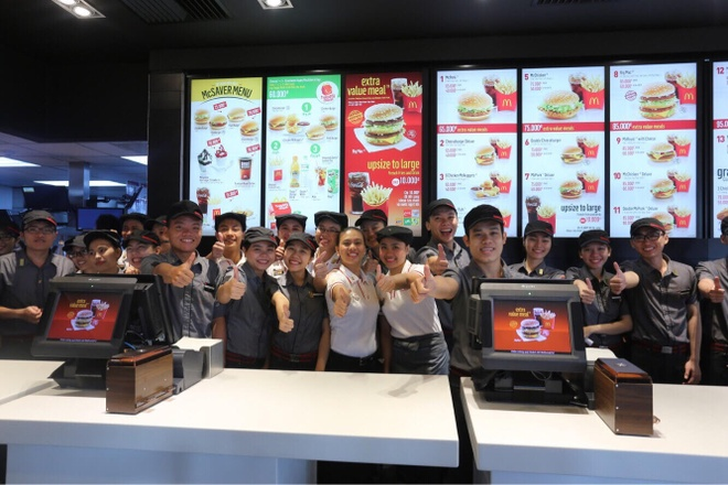 Ly do McDonald's duoc nguoi tre lua chon la noi lam viec dau tien hinh anh 1