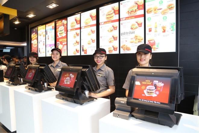 Ly do McDonald's duoc nguoi tre lua chon la noi lam viec dau tien hinh anh 2