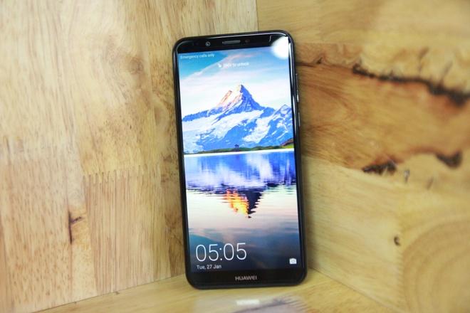 Huawei Y7 Pro: Smartphone 4 trieu co camera kep, man hinh tran vien hinh anh 1