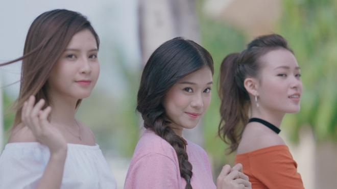 Hoang Yen Chibi hoa than thanh quan nhan, theo duoi crush trong MV moi hinh anh 6