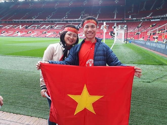 Nguoi ham mo Viet gap danh thu Manchester United tai SVD Old Trafford hinh anh 1