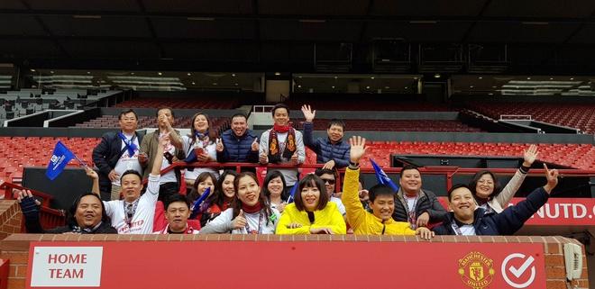 Nguoi ham mo Viet gap danh thu Manchester United tai SVD Old Trafford hinh anh 4