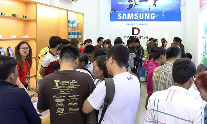iPhone 7/7 Plus bao hanh mot doi mot ca roi vo tai Di Dong Viet hinh anh 3
