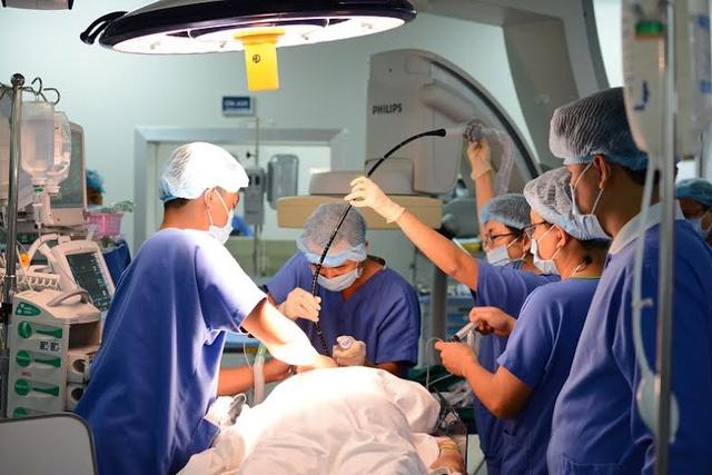 Vinmec công bố mổ tim hở không dùng morphin thành công