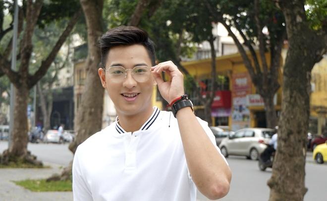 Hot boy cau long Pham Hong Nam: 'VDV chay show la chuyen binh thuong' hinh anh 3