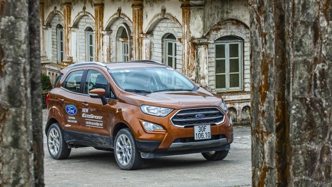 Ford Ecosport - mau SUV do thi danh cho gia dinh hinh anh