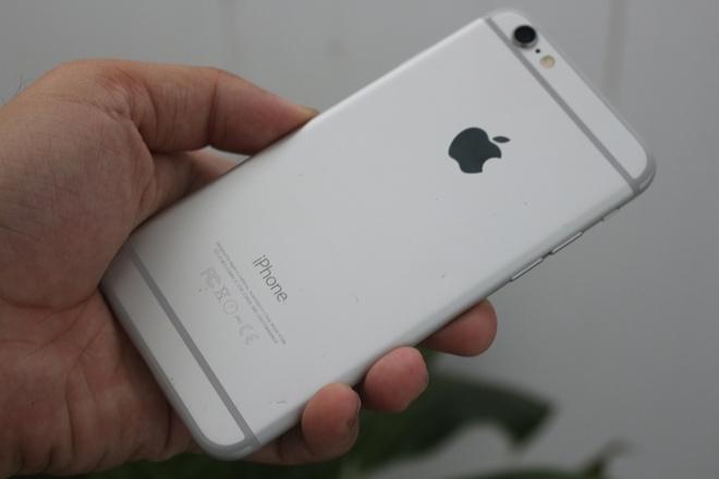Gia iPhone giam manh, iPhone 6 Lock con 1,8 trieu tai Di Dong Viet hinh anh 2