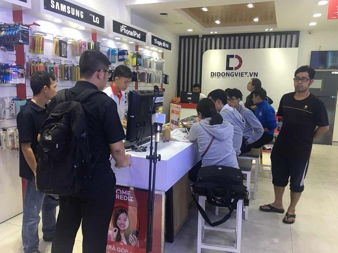 Gia iPhone giam manh, iPhone 6 Lock con 1,8 trieu tai Di Dong Viet hinh anh 3