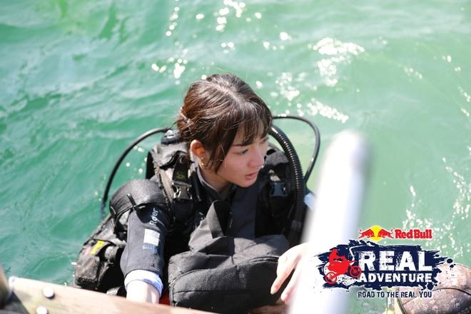 'Red Bull - Hanh trinh dich thuc': Kim Nha chuoc loi voi Lam Vinh Hai hinh anh 4