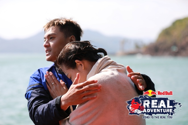 'Red Bull - Hanh trinh dich thuc': Kim Nha chuoc loi voi Lam Vinh Hai hinh anh 5