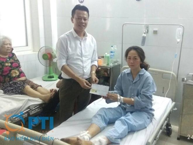 Bao hiem buu dien tam ung boi thuong cho nan nhan tai Thanh Hoa hinh anh 2