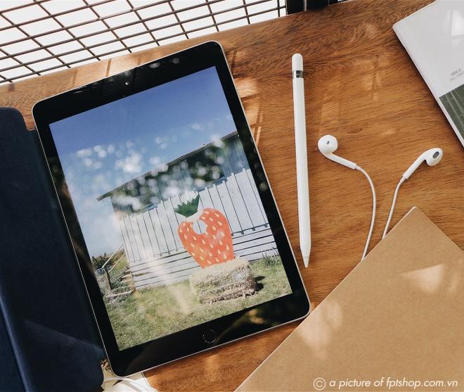 'Tuan le vang Apple': FPT Shop giam gia den 4 trieu dong hinh anh 3