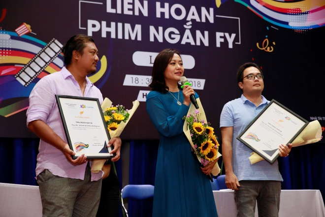 Hong Anh: 'Can thanh that khi den voi Lien hoan phim ngan FY' hinh anh 1