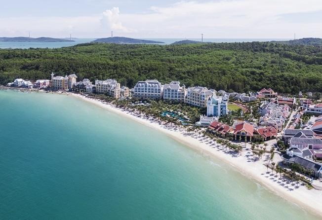 Nghi duong tai JW Marriott Phu Quoc Emerald Bay voi 6,2 trieu/dem hinh anh