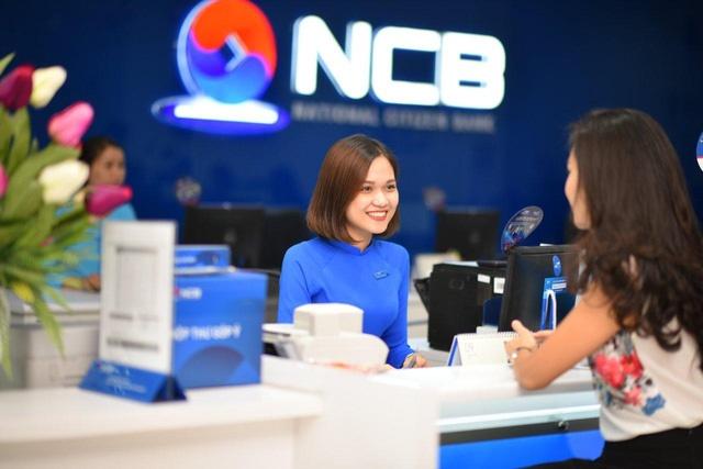 NCB tang 20.000 phan qua cho khach gui tiet kiem hinh anh
