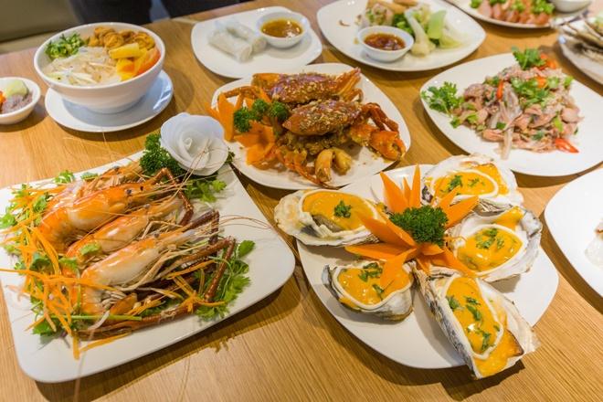 An thoa thich 120 mon A tai Hoang Yen Buffet The Garden Mall hinh anh 2