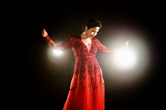 Hoang Hai, My Linh mo ta san khau broadway voi 'Cham toi thien duong' hinh anh