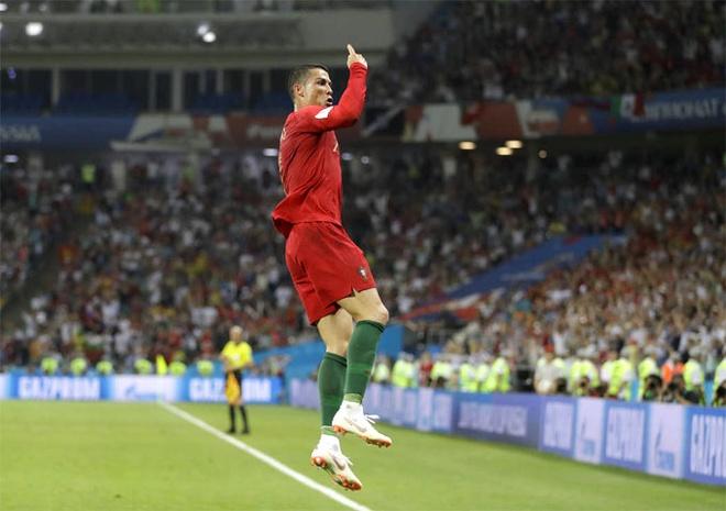 Nhung ky luc cua Ronaldo sau hat-trick vao luoi Tay Ban Nha hinh anh
