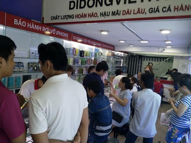 iPhone 6S, iPhone 7 Plus tiep tuc giam gia tai Di Dong Viet hinh anh 3