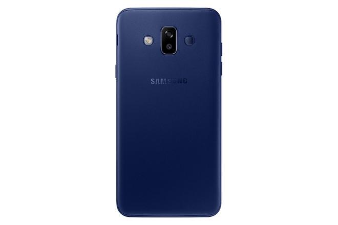 Lazada uu dai hap dan cho Galaxy J7 Duo truoc ngay mo ban hinh anh