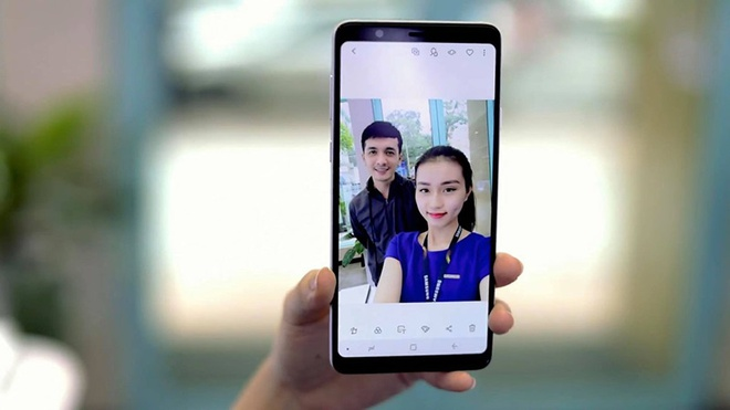 Loat cong nghe giup chup anh dep tren Galaxy A8 Star hinh anh 1