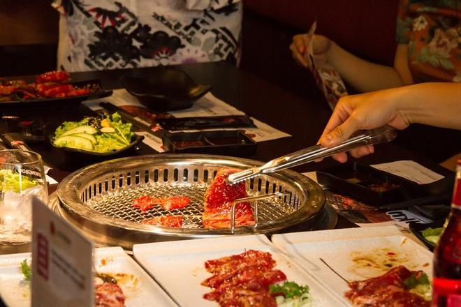 Ly do Tasaki BBQ va Meiwei luon ghi diem trong long thuc khach hinh anh 2