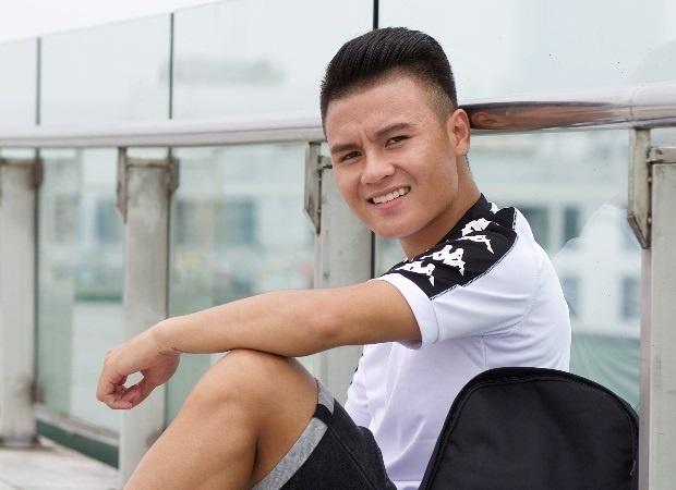 Quang Hai va dan cau thu U23 'len do' co vu World Cup hinh anh