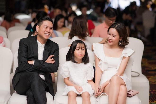 Luu Huong Giang: 'Toi biet cach de Ho Hoai Anh luon tu hao ve vo' hinh anh 1