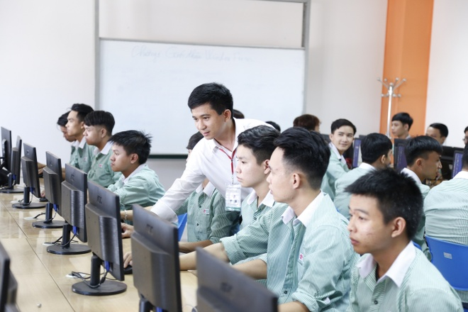 DH Dong A dao tao nhan luc chat luong cao cho thi truong nuoc ngoai hinh anh