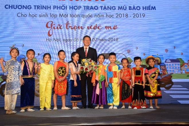 Tang 1,95 trieu mu bao hiem cho hoc sinh lop 1 nam hoc 2018-2019 hinh anh 4