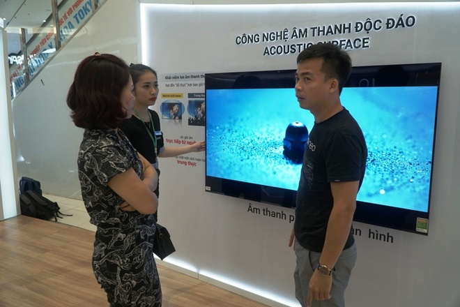 Trai nghiem am thanh Acoustic Surface, Playstation tren Bravia OLED TV hinh anh 4