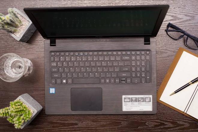 Acer A3 - laptop thiet ke hien dai, cau hinh da dang cho sinh vien hinh anh 1