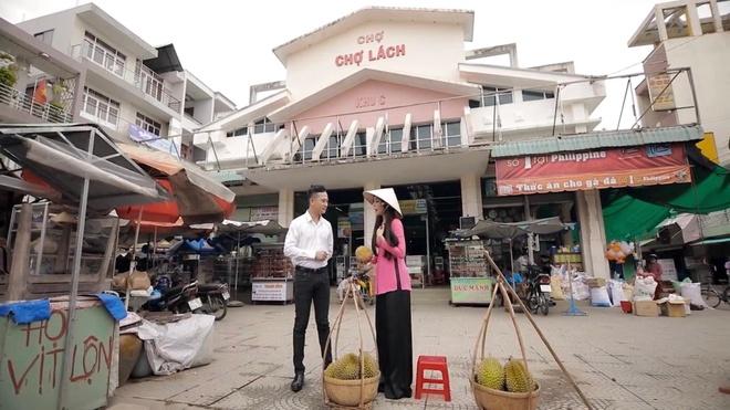 Mai Le Quyen hoa than thanh co gai ban sau rieng trong MV moi hinh anh 2