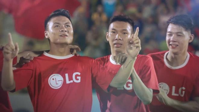 Quang Hai: Tu cau be dep lao bi cam ra san den nguoi hung tuyen Viet hinh anh